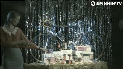 Ummet Ozcan - The Cube (HD 1080p) Music video Free Download