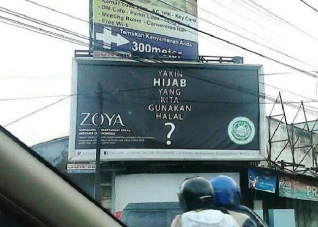 logo halal di produk jilbab Zoya untuk jatuhkan kompetitor