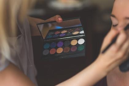 Cara Menjadi Makeup Artist