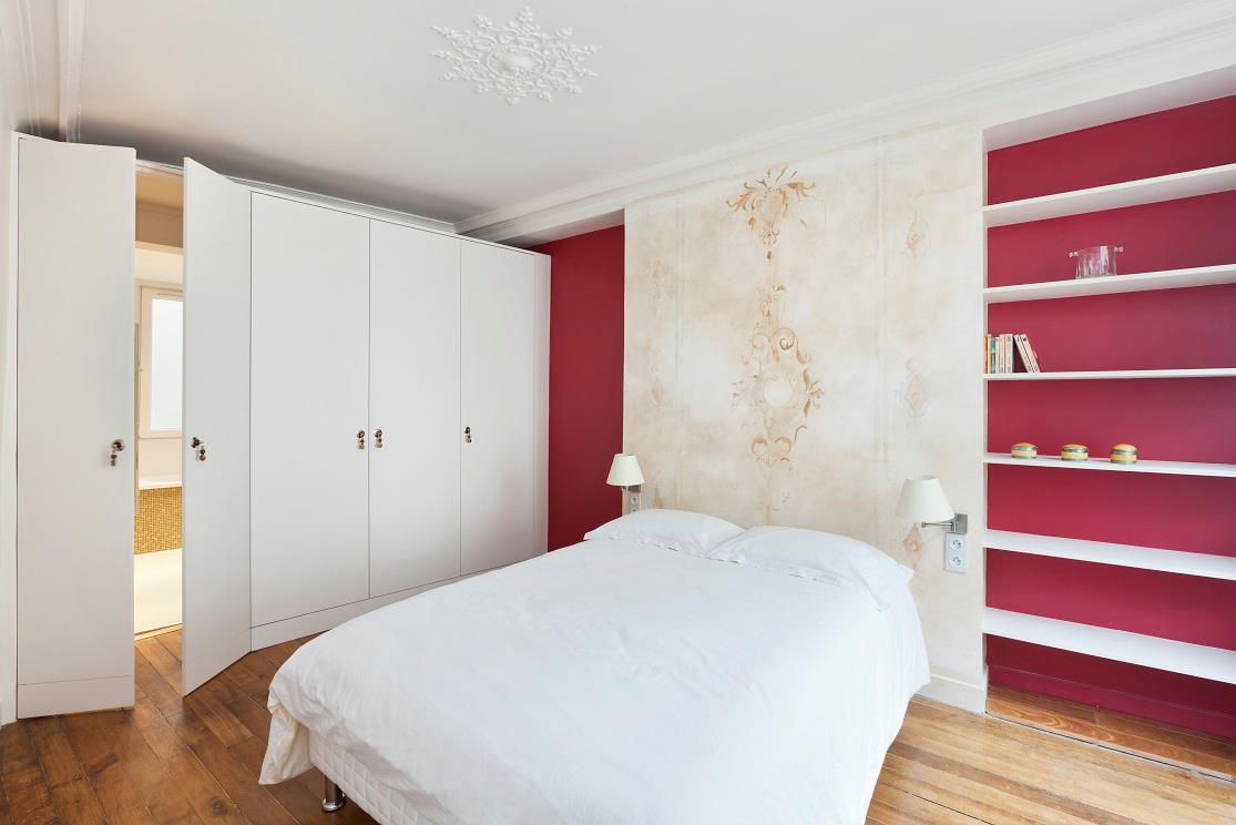 sabine d cors d cor t te de lit. Black Bedroom Furniture Sets. Home Design Ideas