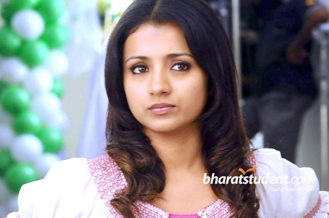 Hassel Free Download Sexy Trisha Krishnan Wallpapers-4246