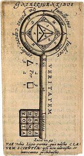 Imagen de una llave con la punta hacia abajo