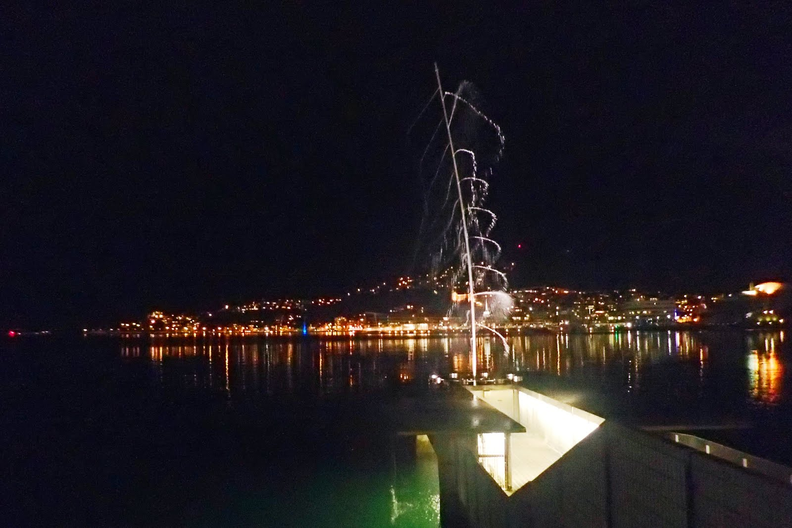 Len Lye water whirler on Wellington Harbour