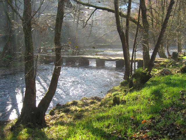 Pontillón en el Río Umia en Caldas de Reis