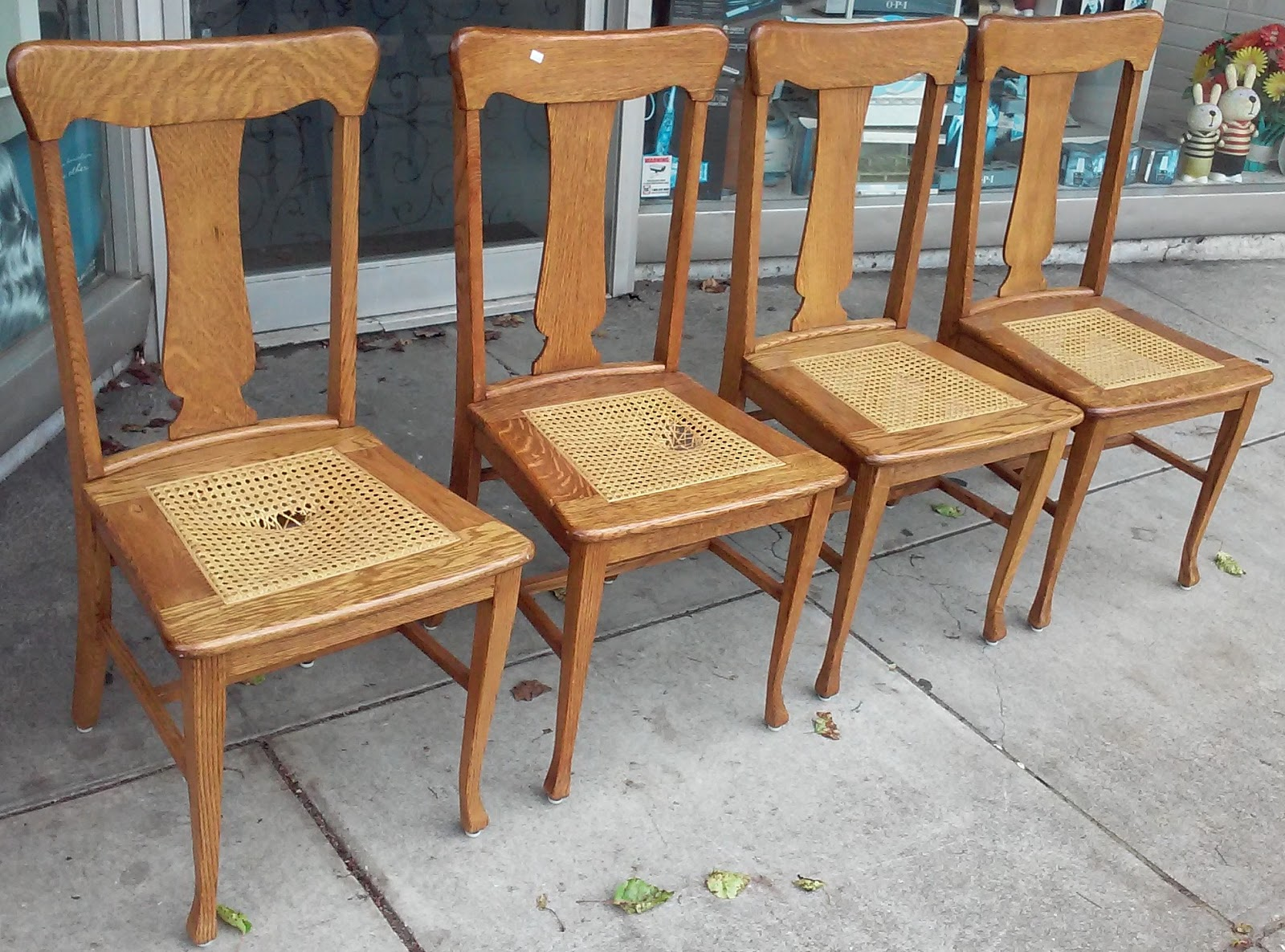 Tiger Oak Dining Chairs Space Saving High Chair Uhuru Furniture And Collectibles Sold 13839 Set Of 4 Caned
