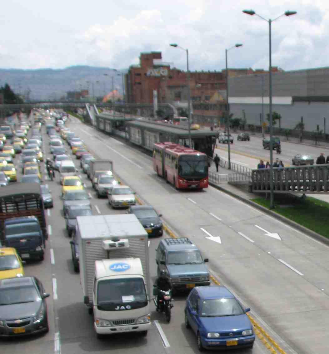 Mike's Bogota Blog: Growing Pains For TransMilenio