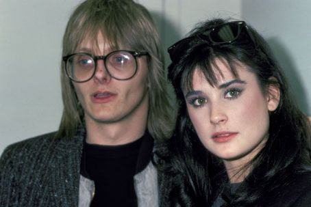 Demi moore dating history