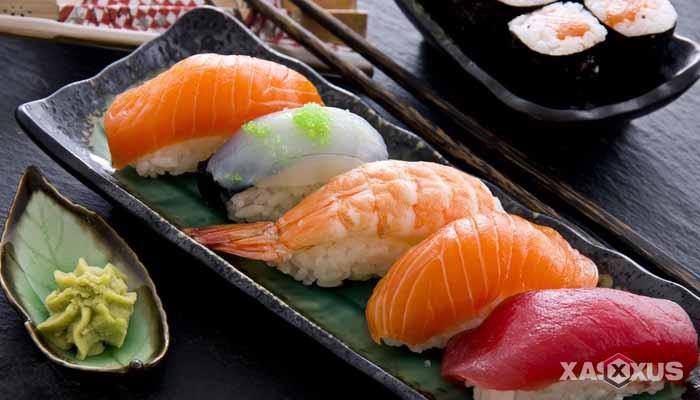 Makanan yang dilarang untuk ibu hamil - Sushi mentah