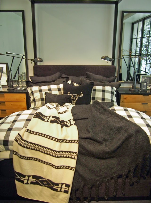 Ralph Lauren Home bed