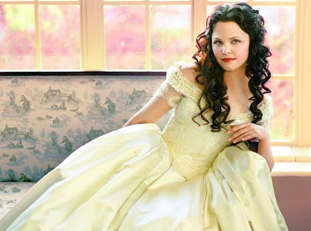 Once Upon a Time, Season One - Enjoy ABC's Creative Fairy Tale. Review of the ABC series with Ginnifer Goodwin, and Josh Dallas. Review text © Rissi JC