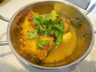 """Fish Indian Salmon Curry Recipe@thefoodiesrecipes"""