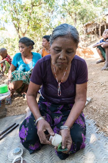 Village de Chechaung-Rivière Lemro-Birmanie-Myanmar