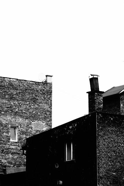 Katowice. Centrum. Krajobraz miejski. Koncepcyjna fotografia. Fotografia abstrakcyjna. Fotografia odklejona. fot. Łukasz Cyrus