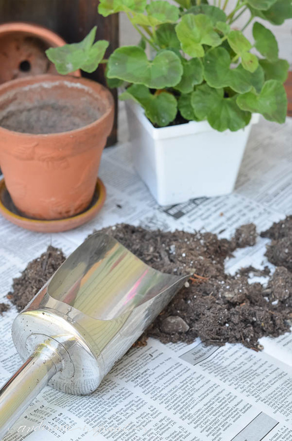 This Martha Stewart metal soil scoop is a must have tool for any gardener!  |  anderson + grant