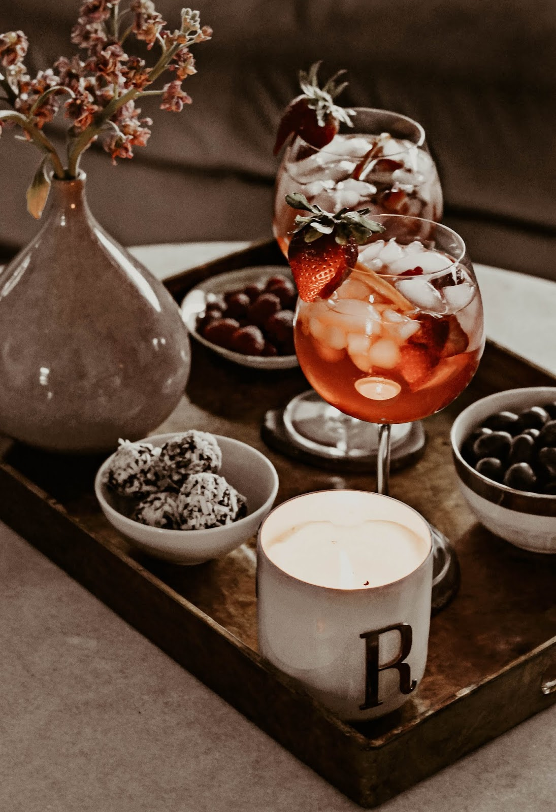 best-white-pomegranate-champagne-sangria-cocktail-drink-for-awards-viewing-season-celebration