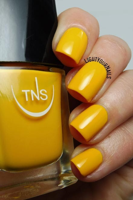 Smalto giallo TNS Cosmetics Firenze 543 Oasi (Lungomare) yellow creme nail polish #tnsfirenze #tnslungomare #nails #unghie