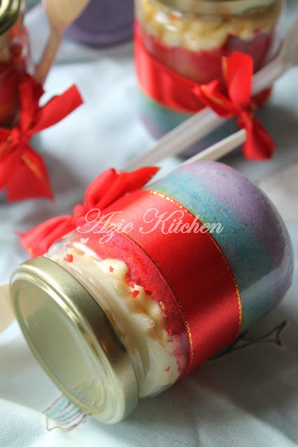 Rainbow Cake In A Jar Azie Kitchen