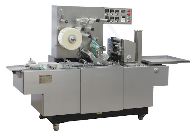 Fully automatic three-dimensional transparent film packing machine cosmetic case