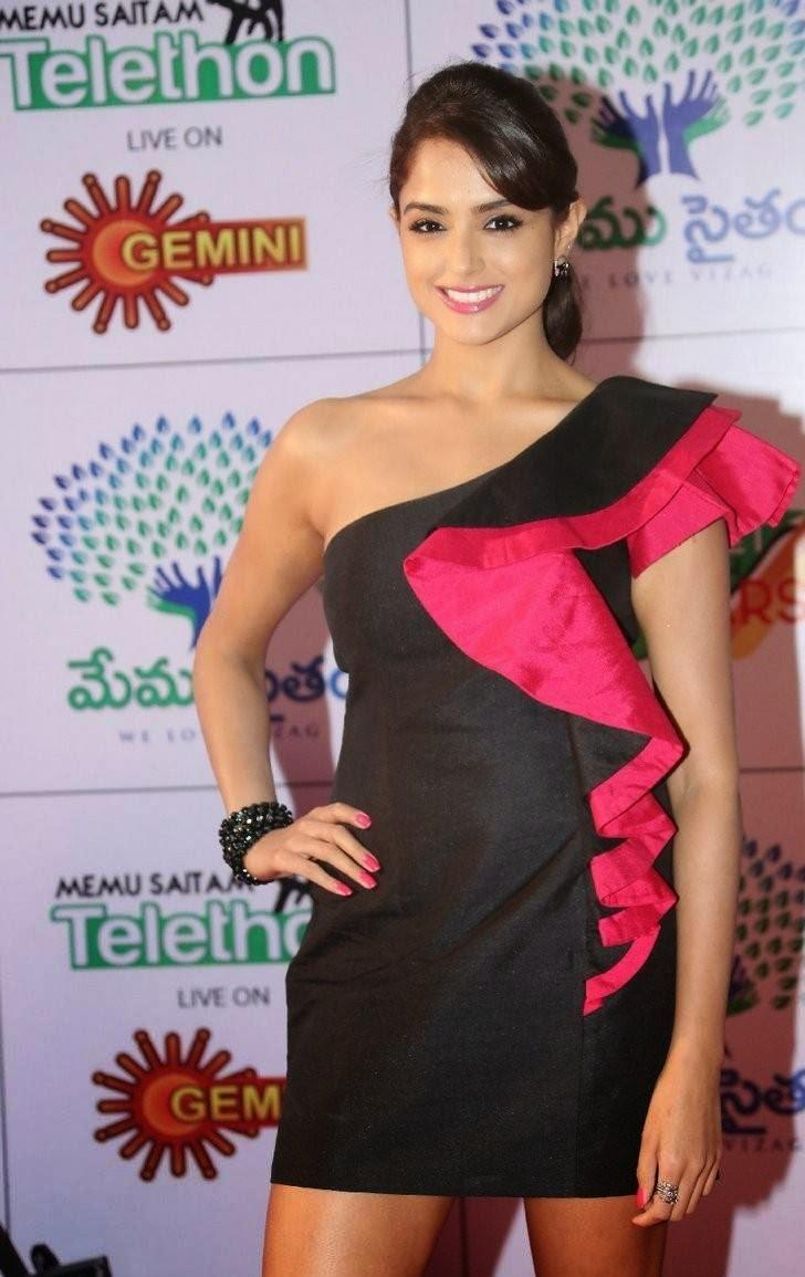 Telugu Actress Asmita Sood, Asmita Sood Sexy Photos in Hot Black Dress Without sleeve