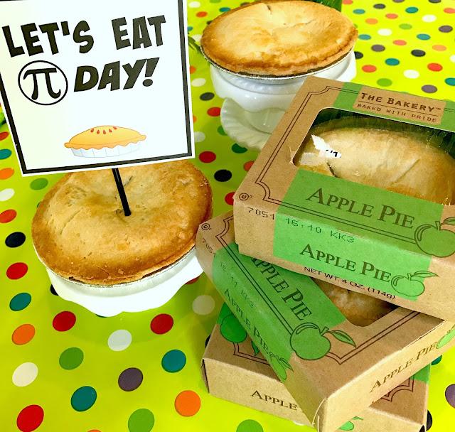 Mini Apple Pies for Pi Day @michellepaigeblogs.com