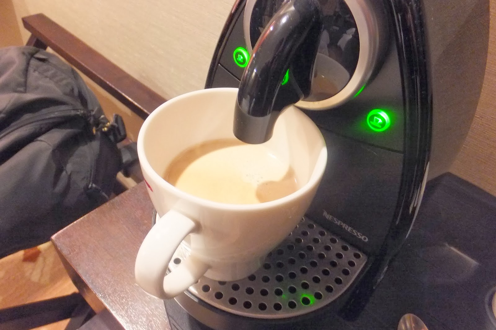 NESPRESSO ネスプレッソコーヒーマシーン