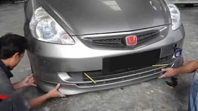 lem untuk bemper mobil - reparasi bumper plastik - cara memperbaiki bumper mobil renggang - cara memperbaiki bumper fiber - cara mendempul bumper plastik - biaya perbaikan bemper mobil - repair bumper pecah - cara menghilangkan goresan pada bumper plastik