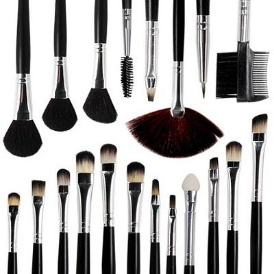 Maleta de maquiagem, como montar a sua… Pinceis