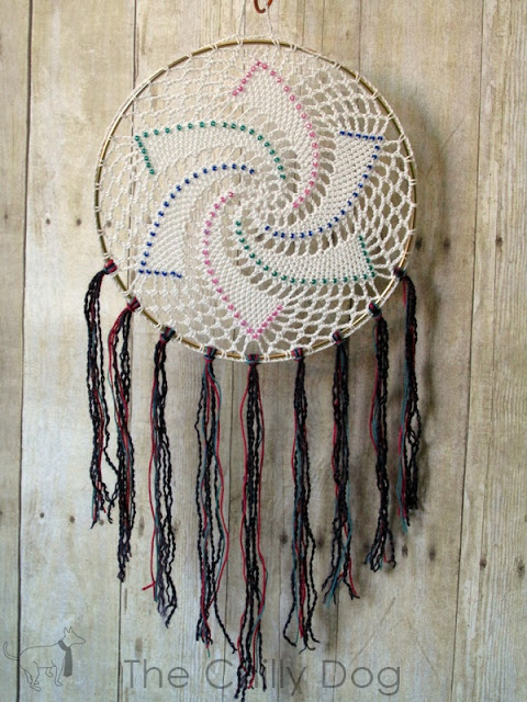 Beaded Star Dreamcatcher Crochet Pattern: mixed media for yarn lovers