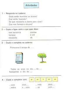 Leitura sobre a árvore de uma cartilha