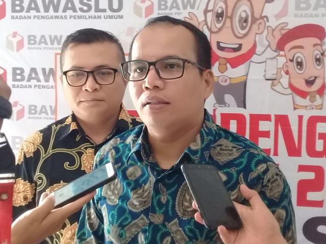 Komisioner Bawaslu Sumbar Vifner Himbau,  ASN Padang Pariaman Untuk Netral Pada Pemilu 2019