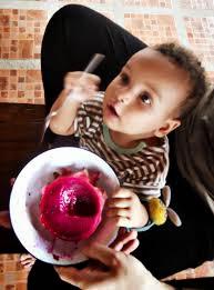 buah dipercaya oleh orang China sebagai  Manfaat Buah Naga untuk Bayi Dan Anak