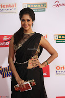Sindhu looks fabulous in Black Saree designer choli at Mirchi Music Awards South 2017 ~  Exclusive Celebrities Galleries 028.JPG