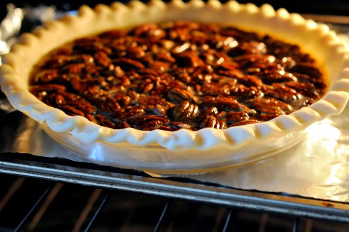 Classic-Pecan-Pie-tasteasyougo.com