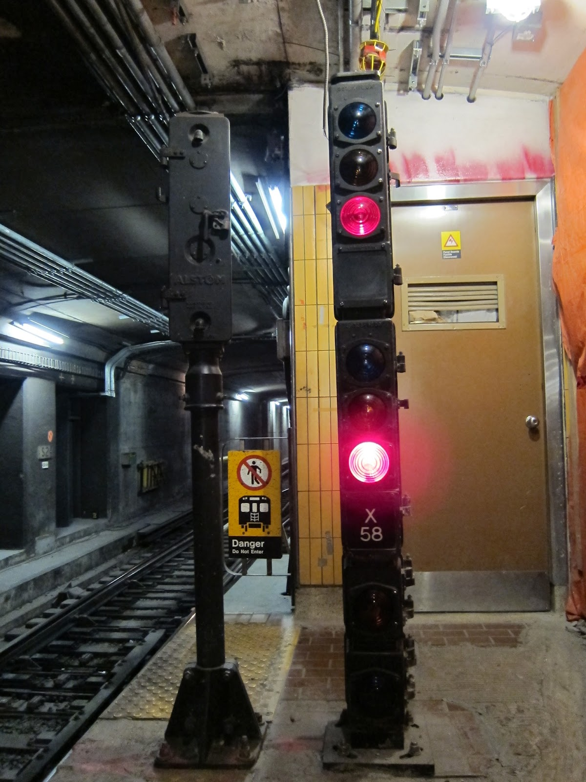 Union station interlocking signal