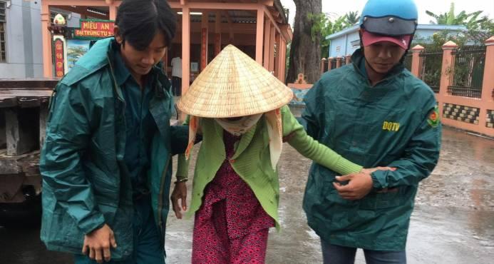 La tormenta Tembin se debilita tras causar 240 muertos en Filipinas