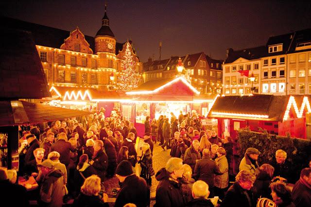 kerstmarkten duitsland, kerstmarkt dusseldorf, marktplatz dusseldorf