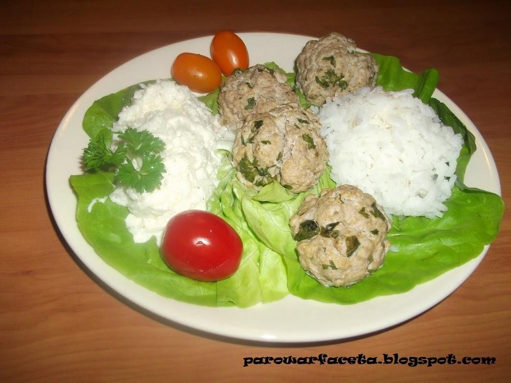 klopsy z parowaru z ryżem