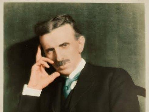 Тесла и Волтер