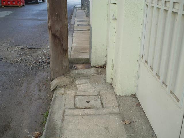 πεζοδρόμιο για γάτες