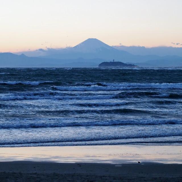 逗子海岸 富士山 江ノ島