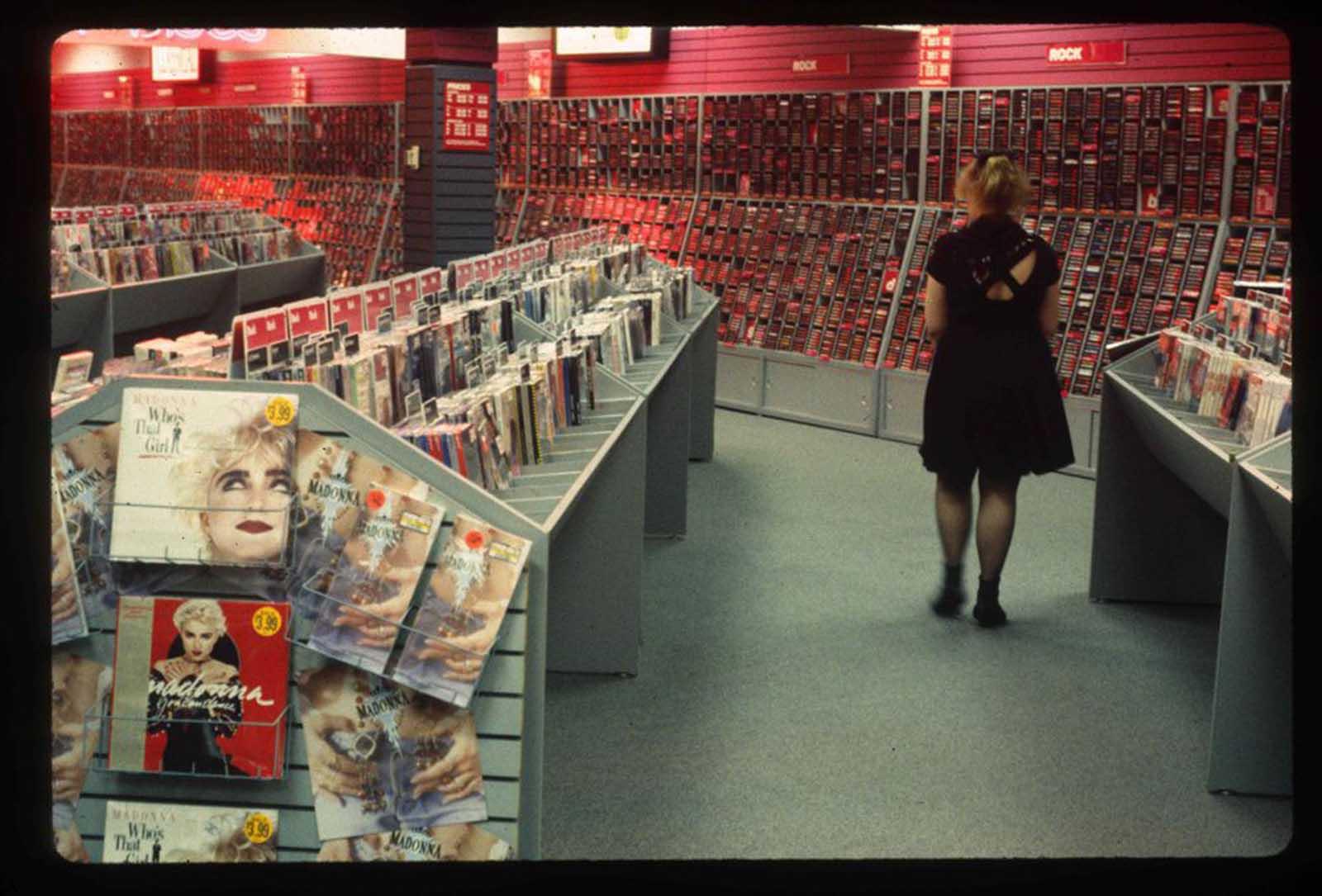 Una mirada nostálgica a los centros comerciales estadounidenses de finales de los 80