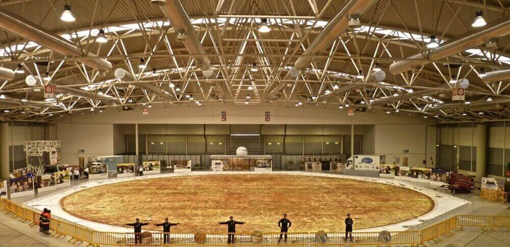 Dünya'nın En Büyük Pizzası