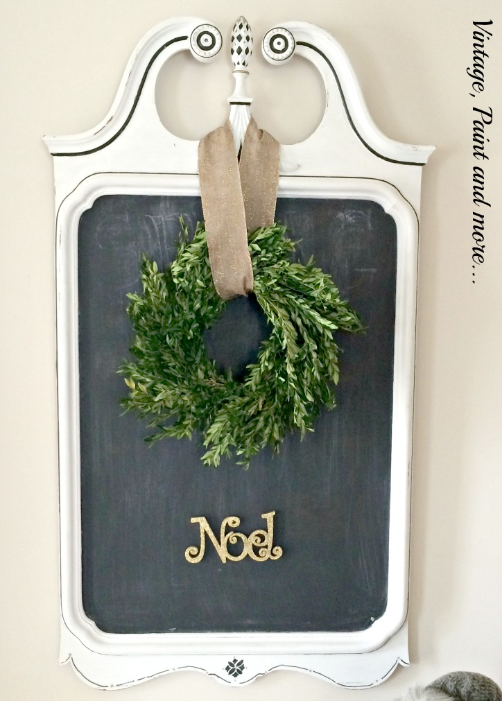 Vintage, Paint and more... boxwood wreath on a vintage mirror painted as a chalkboard