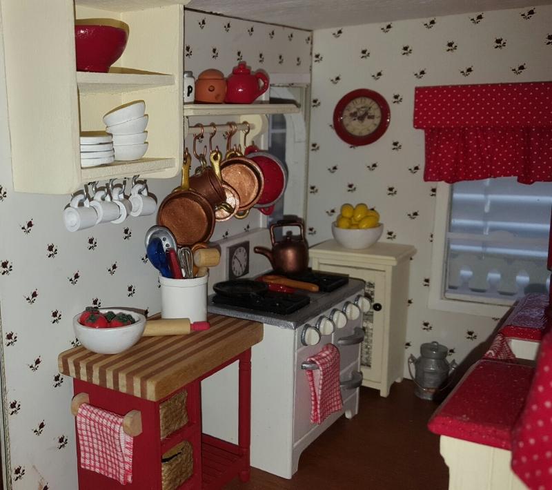 Dollhouse Miniature Furniture - Tutorials