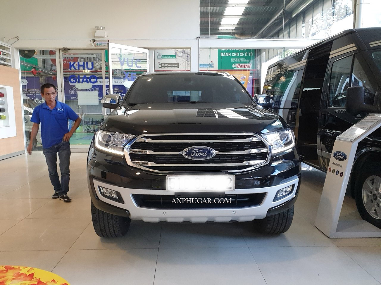 giao xe ford everest 2019