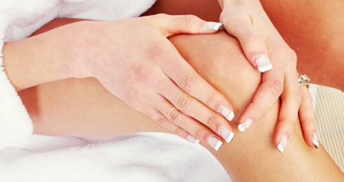 mencerahkan kulit lutut