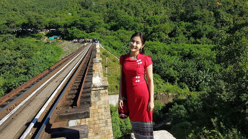 Wut Mhone Shwe Yi Look Cute In Red Oufit Myanmar Dress With Nay Toe