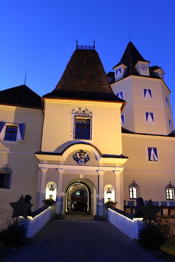 Schloss Kornberg zur Weihnachtszeit