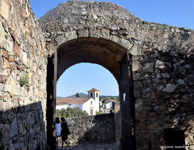 Puerta del Palacio de Marvâo