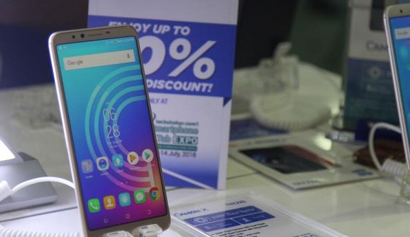Smartphone and tab fairs are available in a new model smartphone